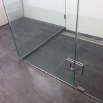 Glass shower screen